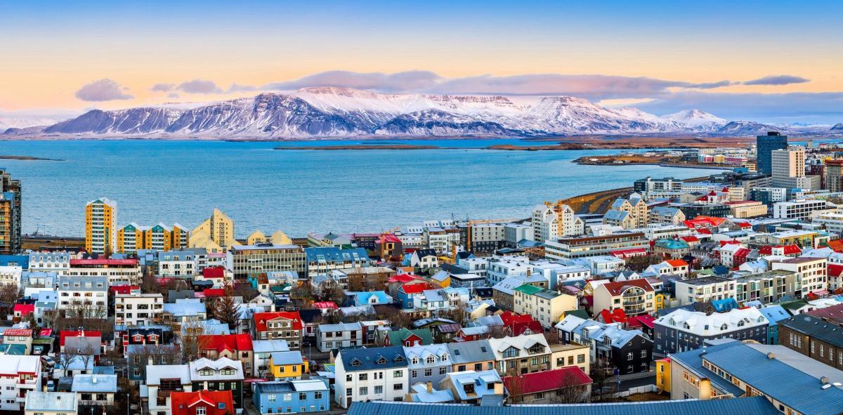 - Islanda